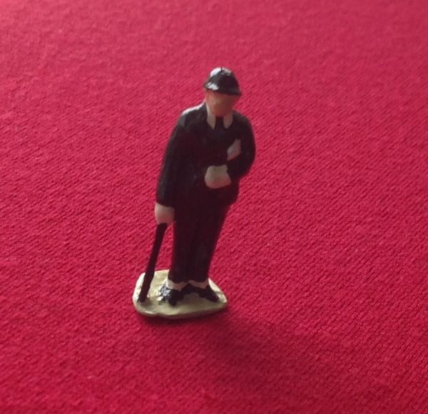 HORNBY PRE-WAR O GAUGE 3B Businessman (Black suit)